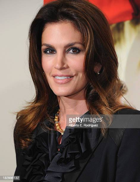 Model Cindy Crawford arrives to the premiere of Fox Searchlight's The Descendants at AMPAS Samuel Goldwyn Theater on November 15 2011 in Beverly...