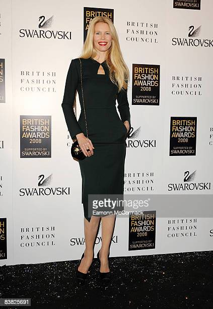 Model Claudia Schiffer arrives at the British Fashion Awards 2008 at the Royal Horticultural Halls November 25, 2008 in London, England.