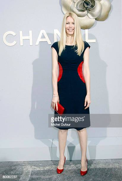 Model Claudia Schiffer arrives the Chanel Fashion show, during Paris Fashion Week Fall-Winter 2008-2009 at the Grand Palais on February 29th, 2008 in...