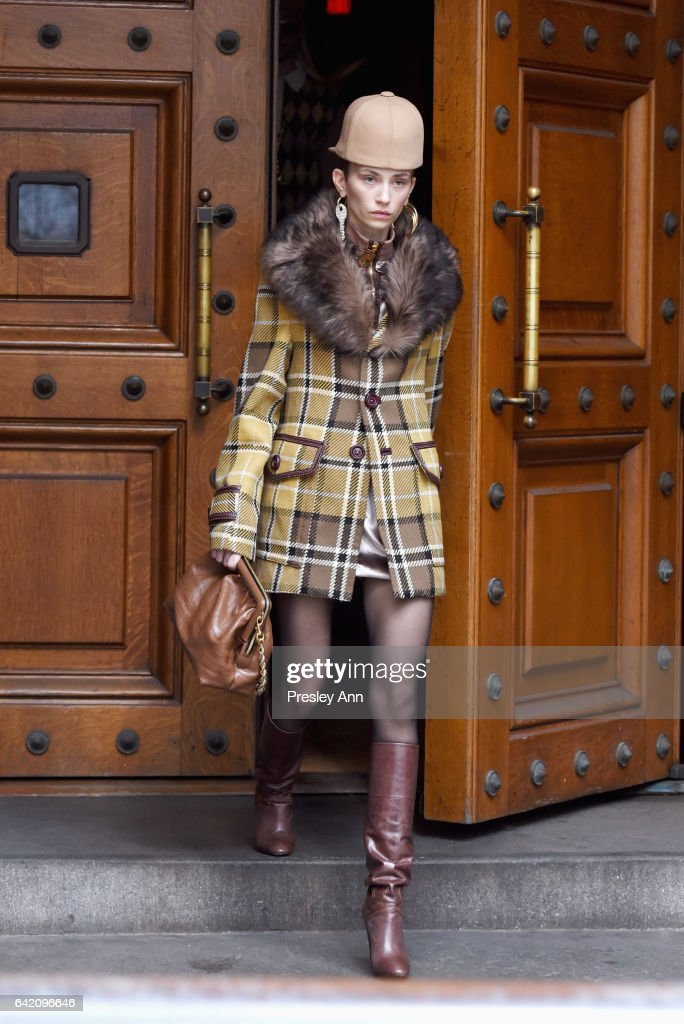 Model Cleo Cwiek walks the runway for the Marc Jacobs Fall 2017 Show at Park Avenue Armory on February 16, 2017 in New York City.