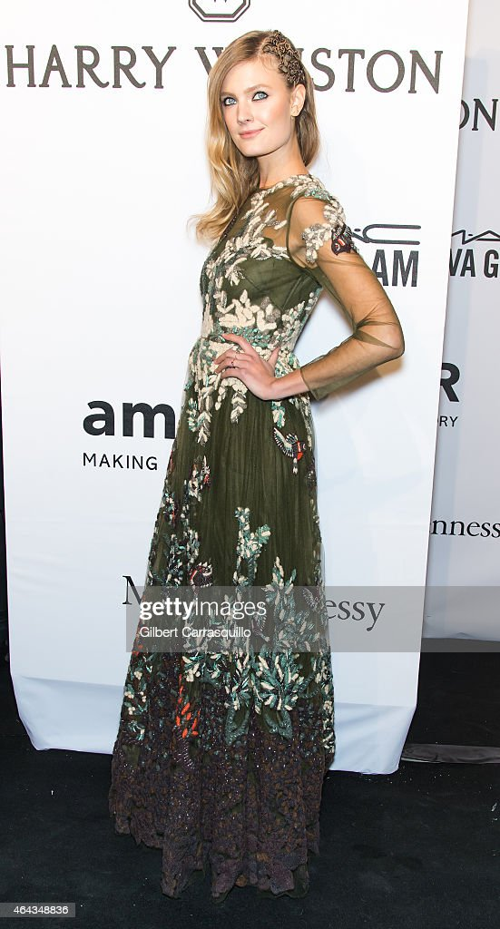 Model Constance Jablonski attends the 2015 amfAR New York Gala at Cipriani Wall Street on February 11, 2015 in New York City.