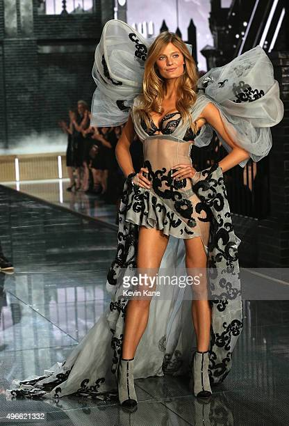 Model Constance Jablonski from France walks the runway during the 2015 Victoria's Secret Fashion Show at Lexington Armory on November 10 2015 in New...