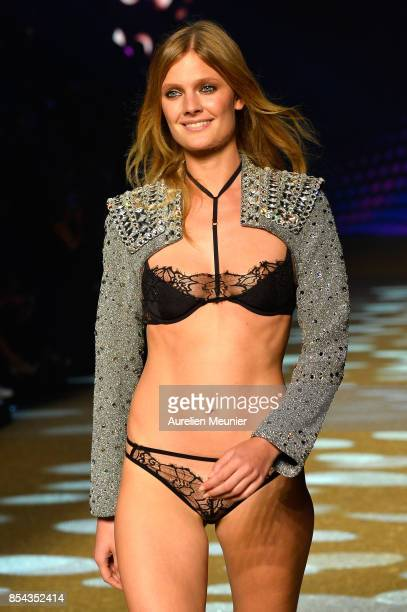 Model Constance Jablonski walks the runway during the Etam show as part of the Paris Fashion Week Womenswear Spring/Summer 2018 on September 26 2017...