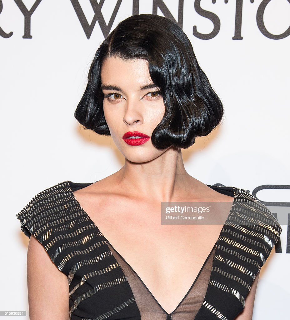 Model Crystal Renn attends the 2015 amfAR New York Gala at Cipriani Wall Street on February 11, 2015 in New York City.