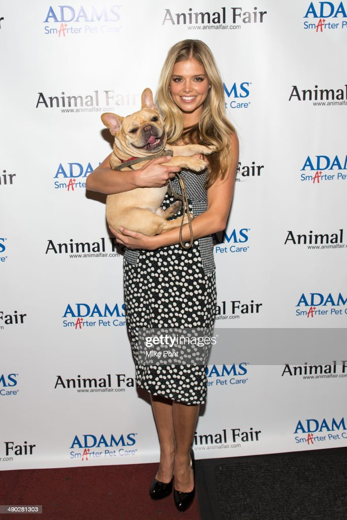 12th Annual Animalfair.com Paws For Style Fashion Show : News Photo