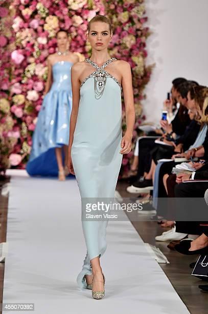 Model Daphne Groeneveld walks the runway at the Oscar De La Renta fashion show during MercedesBenz Fashion Week Spring 2015 on September 9 2014 in...