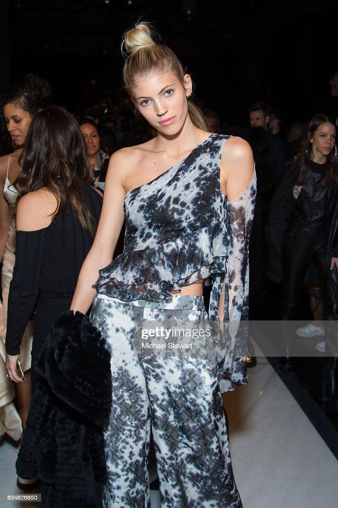 Jonathan Simkhai - Front Row & Backstage - February 2017 - New York Fashion Week: The Shows : News Photo