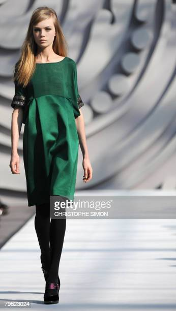 A model displays a creation by Italian designer Alberta Ferretti during the Autumn/Winter 2008/2009 women's collections at Milan Fashion Week on...