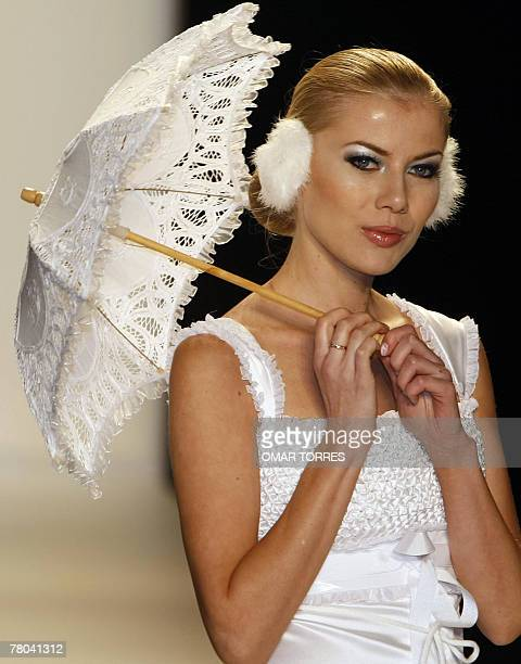 A model displays a creation by Peruvian designer Claudia Jimenez during the first day of Fashionweek in Mexico City 23 October 2007 AFP PHOTO/Omar...