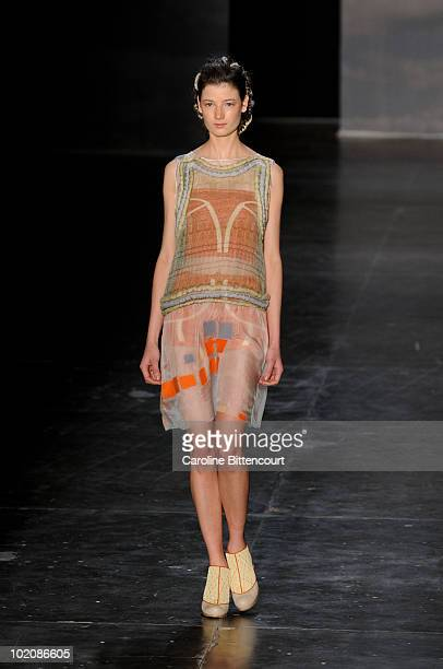 A model displays a design by Fernanda Yamamoto during the sixth day of the Sao Paulo Fashion Week Summer 2011 on June 14 2010 in Sao Paulo Brazil