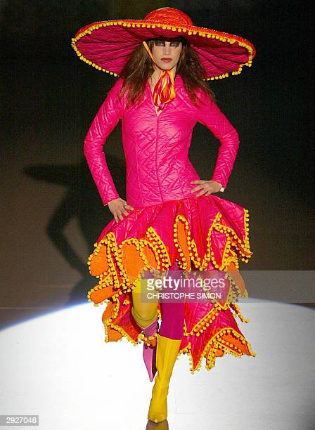 A model displays an outfit by Spanish designer Nekane Le Frik at the Pasarela Gaudi fashion show in Barcelona 04 February 2004 AFP PHOTO Christophe...
