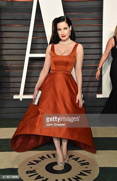 Model Dita Von Teese arrives at the 2016 Vanity Fair Oscar Party Hosted By Graydon Carter at Wallis Annenberg Center for the Performing Arts on...