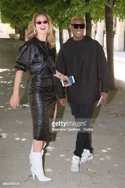 Model Doutzen Kroes and husband Sunnery James attend the Louis Vuitton Menswear Spring/Summer 2019 show as part of Paris Fashion Week Week on June 21...