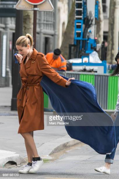Model Doutzen Kroes arrives on the set of new 'L'Oreal' shooting at 'Broken Arm Cafe' on March 26 2018 in Paris France