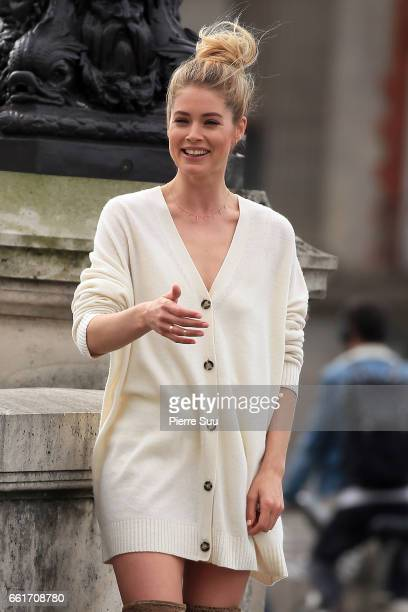 Model Doutzen Kroes is seen shooting a commercial for a cosmetic brand on March 31 2017 in Paris France
