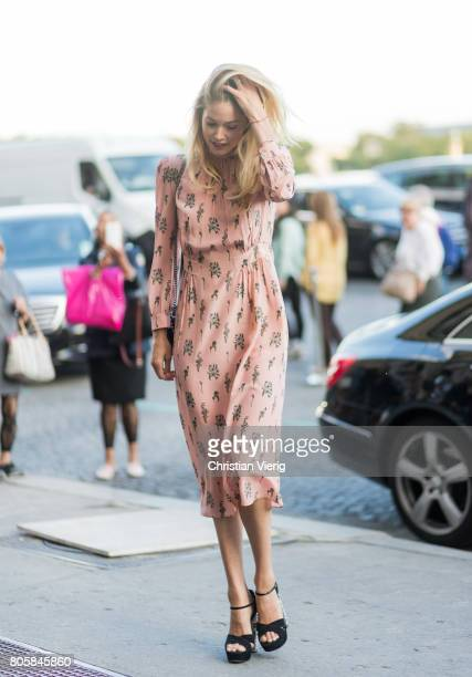 Model Doutzen Kroes outside Miu Miu Cruise Collection during Paris Fashion Week Haute Couture Fall/Winter 20172018 Day One on July 2 2017 in Paris...