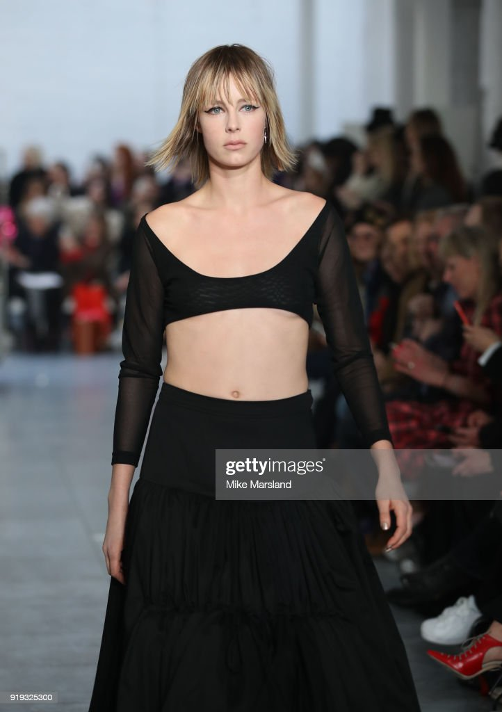 Molly Goddard - Runway - LFW February 2018