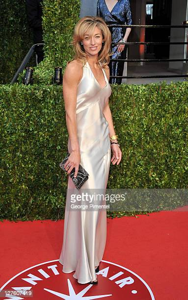 Model Elaine Irwin arrives at the Vanity Fair Oscar party hosted by Graydon Carter held at Sunset Tower on February 27 2011 in West Hollywood...