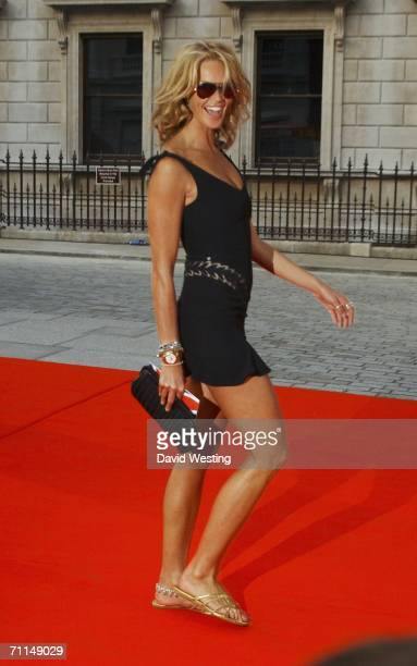 Model Elle Macpherson arrives at the 2006 Summer Exhibition Preview Party at the Royal Academy in Piccadilly on June 7 2006 in London England