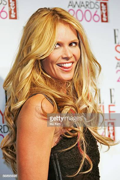 Model Elle Macpherson poses backstage in the Awards Room with the Style Icon Award at the ELLE Style Awards 2006 the fashion magazine's annual awards...
