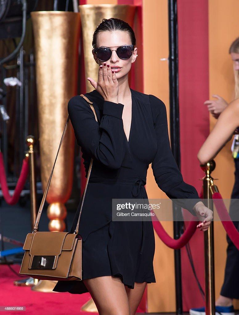 Seen Around Spring 2016 New York Fashion Week - Day 8 : News Photo