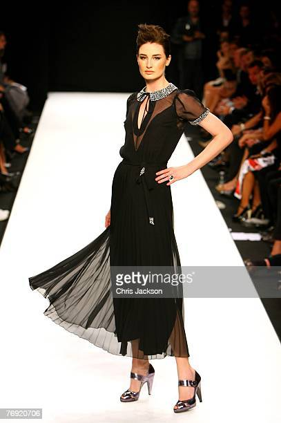 Model Erin O'Conner walks down the catwalk as part of the Fashion Relief Show during London Fashion Week 2007 at the BFC tent on September 20 2007 in...