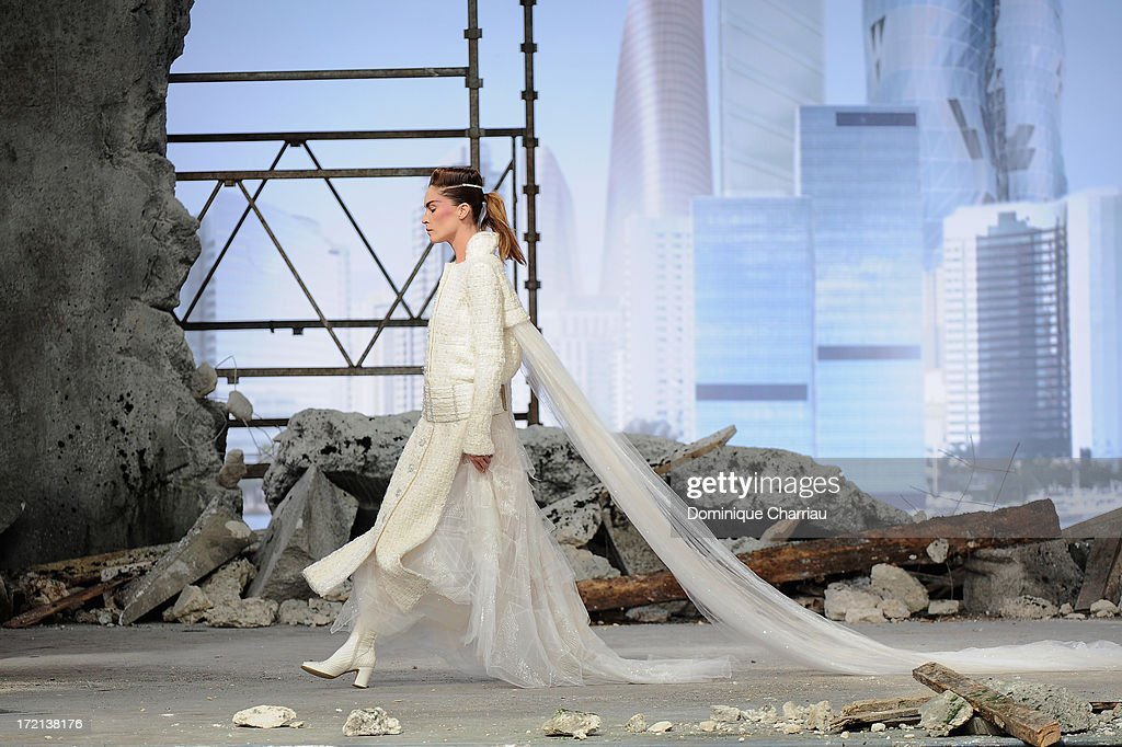 Model Erin Wasson Walks The Runway During Chanel Show As Part Of News Photo Getty Images