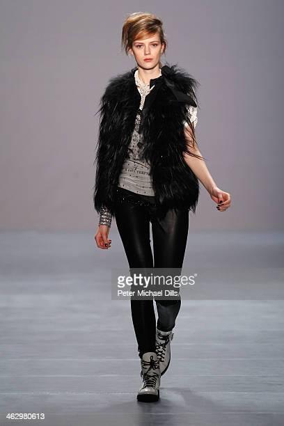 Model Esther Heesch walks the runway at the Marc Cain show during MercedesBenz Fashion Week Autumn/Winter 2014/15 at Brandenburg Gate on January 16...