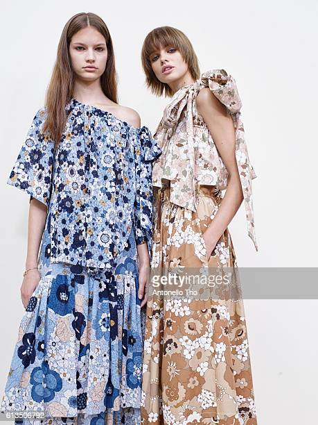 Model Faretta and Dasha Khlystun poses prior the Chloe show as part of the Paris Fashion Week Womenswear Spring/Summer 2017 on September 29 2016 in...