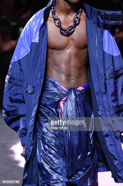 A model fashion detail walks the runway at the Fenty Puma By Rihanna fashion show during New York fashion week at Park Avenue Armory on September 10...