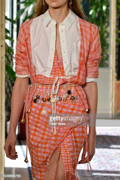A model fashion detail walks the runway during the Altuzarra show as part of the Paris Fashion Week Womenswear Spring/Summer 2019 on September 29...