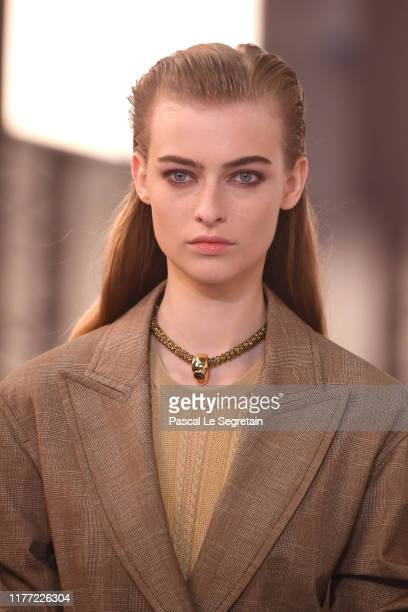Model, fashion detail walks the runway during the Chloe Womenswear Spring/Summer 2020 show as part of Paris Fashion Week on September 26, 2019 in...