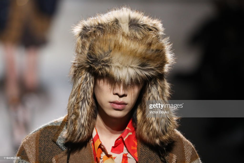 Dries Van Noten : Runway - Paris Fashion Week - Menswear F/W 2020-2021 : ニュース写真