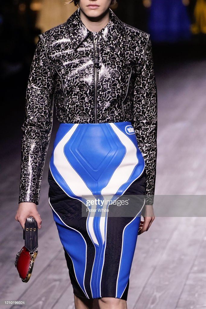 Louis Vuitton : Runway - Paris Fashion Week Womenswear Fall/Winter 2020/2021 : News Photo