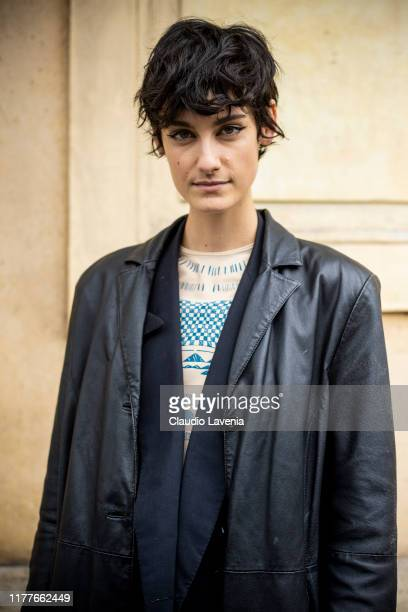 Model, fashion details, is seen outside the Unravel show during Paris Fashion Week - Womenswear Spring Summer 2020 on September 25, 2019 in Paris,...