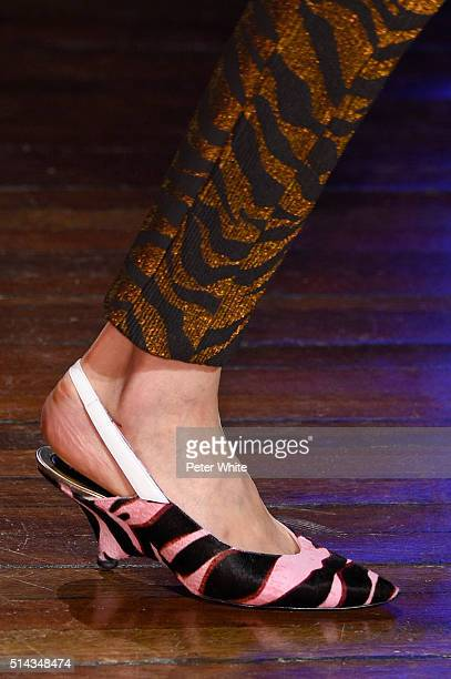 A model fashion details walks the runway during the Kenzo show as part of the Paris Fashion Week Womenswear Fall/Winter 2016/2017 on March 8 2016 in...