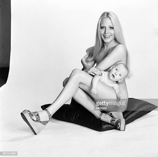 Model Flanagan with son JJ February 1975 7500812