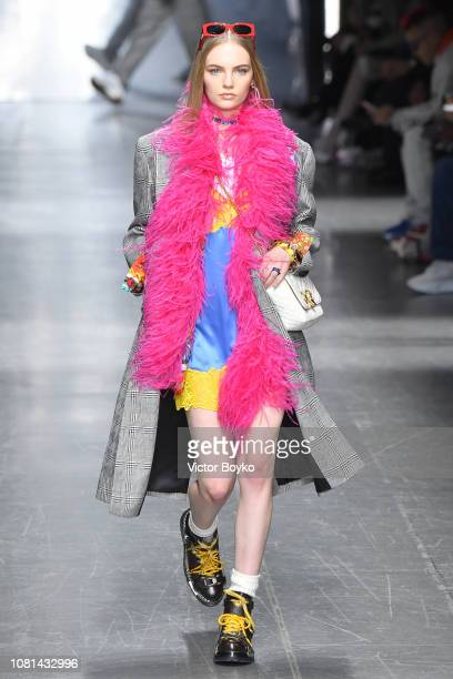 Model Fran Summers walks the runway at the Versace show during Milan Menswear Fashion Week Autumn/Winter 2019/20 on January 12 2019 in Milan Italy