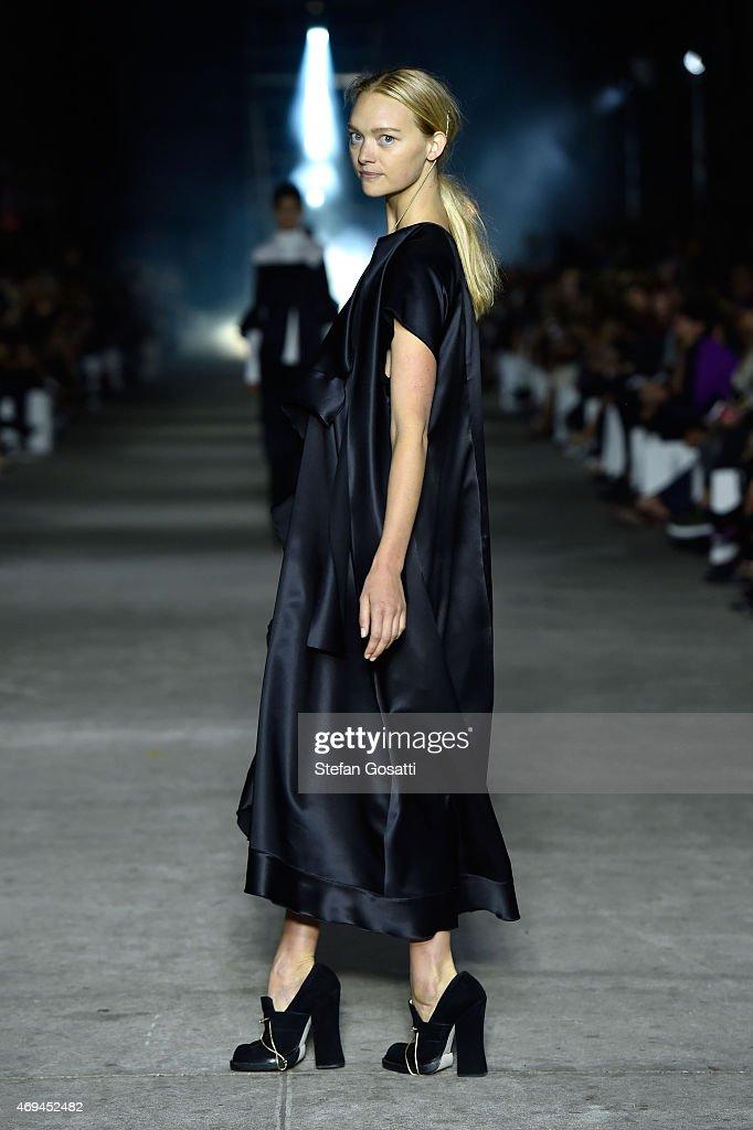 Mercedes-Benz Presents Ellery - Runway - Mercedes-Benz Fashion Week Australia 2015 : News Photo