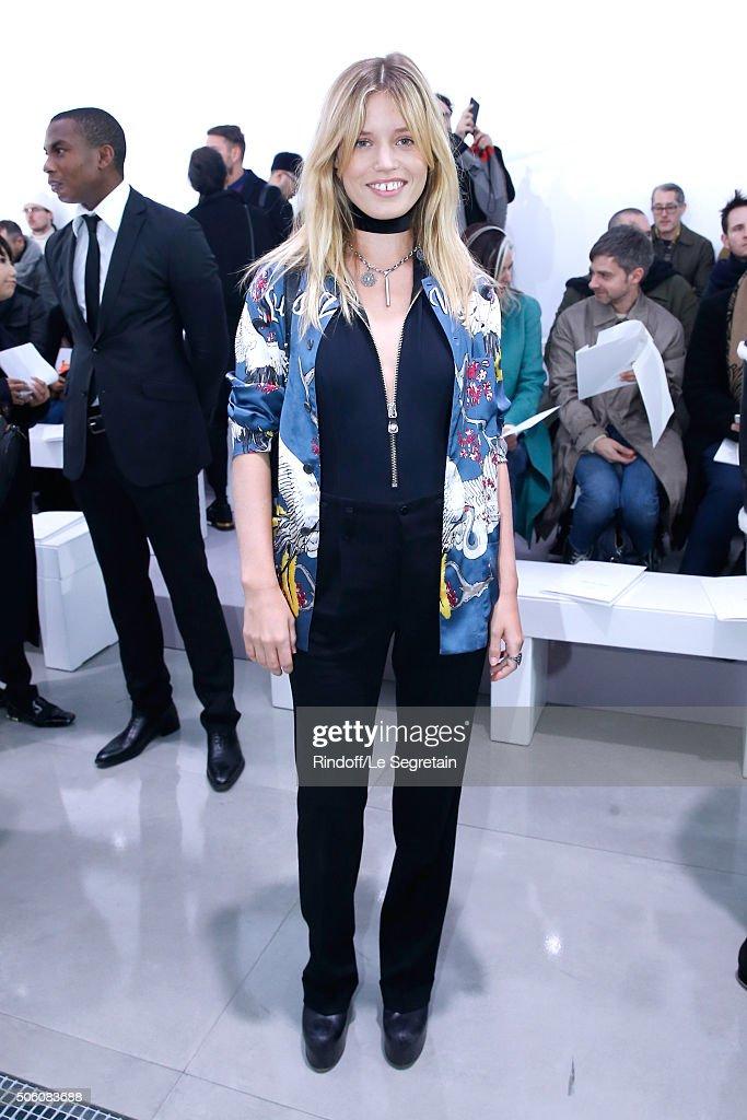 Louis Vuitton : Front Row - Paris Fashion Week - Menswear F/W 2016-2017