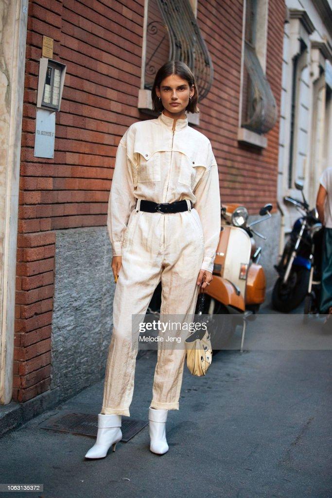 Street Style: September 19 - Milan Fashion Week Spring/Summer 2019 : News Photo