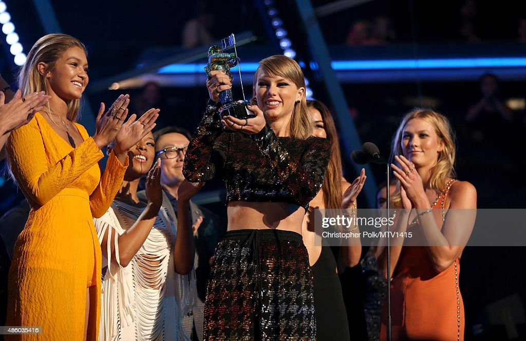 Model Gigi Hadid, actress Serayah, recording artist Taylor Swift, director Joseph Kahn, model Lily Aldridge, actress Mariska Hargitay and model Karlie Kloss accept the Video of the Year award for 'Bad Blood' onstage during the 2015 MTV Video Music Awards at Microsoft Theater on August 30, 2015 in Los Angeles, California.