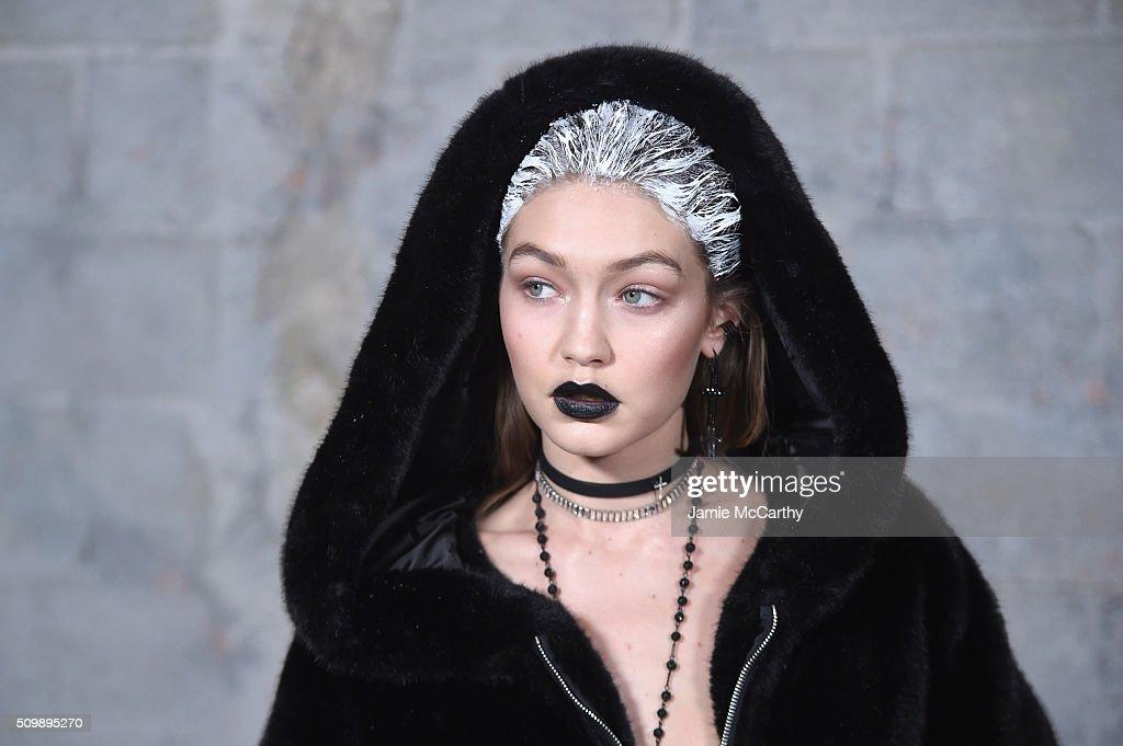 FENTY PUMA by Rihanna AW16 Collection - Backstage - Fall 2016 New York Fashion Week : News Photo