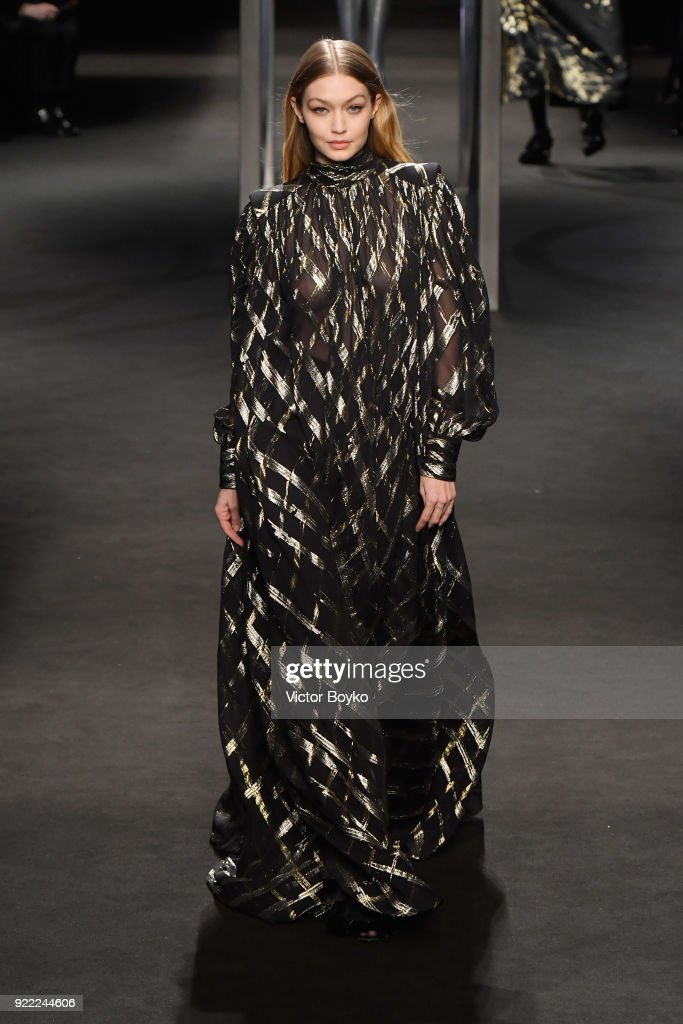 Alberta Ferretti - Runway - Milan Fashion Week Fall/Winter 2018/19
