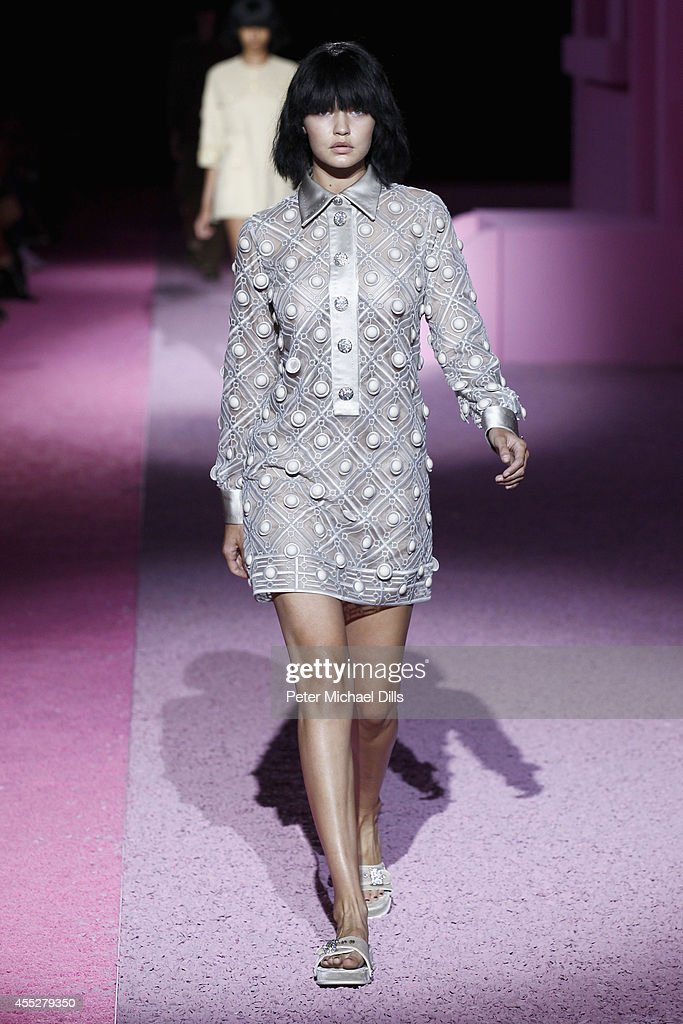 Model Gigi Hadid walks the runway at the Marc Jacobs fashion show during Mercedes-Benz Fashion Week Spring 2015 at Park Avenue Armory on September 11, 2014 in New York City.