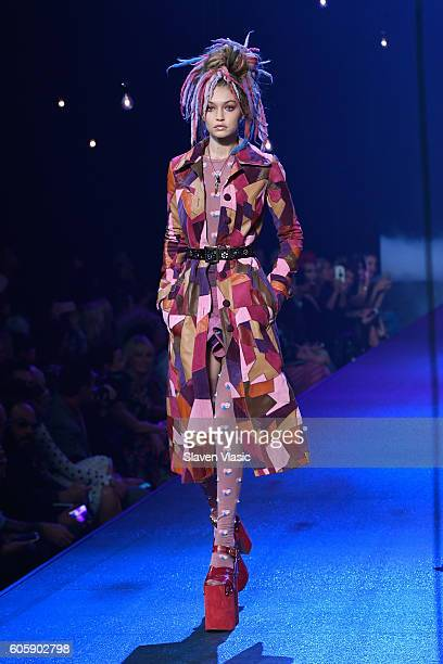 Model Gigi Hadid walks the runway at the Marc Jacobs fashion show durin New York Fashion Week at Hammerstein Ballroom on September 15 2016 in New...