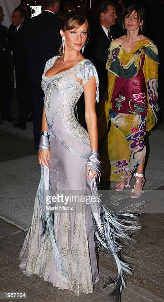 Model Gisele Bundchen arrives for 'Goddess Costume Institute Benefit Gala' at the Metropolitan Museum of Art Costume April 28 2003 in New York City