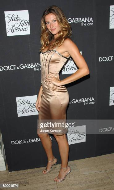 """Model Gisele Bundchen launches the new Dolce & Gabana fragrance """"The One"""" at Saks Fifth Avenue in New York City on July 16, 2007."""