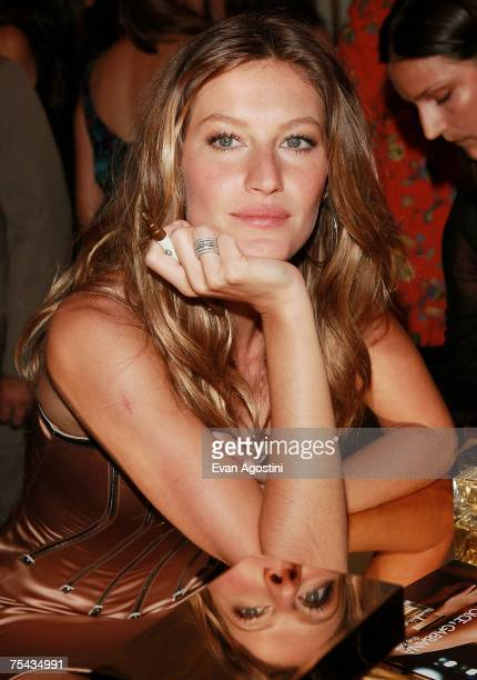 """Model Gisele Bundchen launches the new Dolce & Gabbana fragrance """"The One"""", at Saks Fifth Avenue, July 16, 2007 in New York City."""