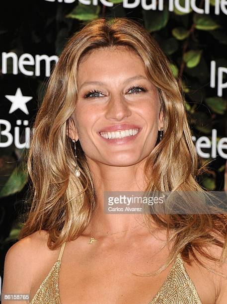 Model Gisele Bundchen presents 'IpanemaGisele Bundchen' footwear collection at the Eurostars Madrid Tower Hotel on April 22 2009 in Madrid Spain
